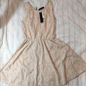 Heart soul lace dress (xs)